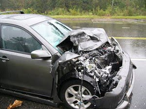 320px-Car_Accident