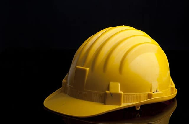 Yellow_hard_hat